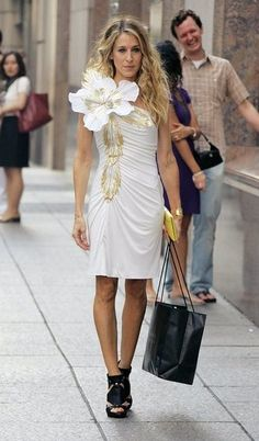 The best white dress moments over the years to get us ready for Spring: Carrie Bradshaw, The Fashion Plate