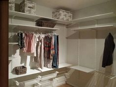 LONGER HANGING CLOTHES CAN GO IN THE CORNER