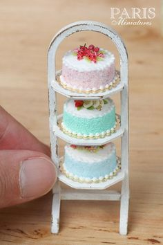 Items similar to Pastel Cake - Pink, Decorated with Red Fruit, Berlingot Candy - Miniature Food in Scale for Dollhouse on Etsy Polymer Clay Cake, Polymer Clay Miniatures, Polymer Clay Crafts, Miniture Food, Miniture Things, Barbie Food, Doll Food, Miniature Crafts, Miniature Dolls