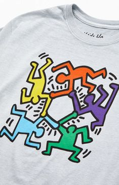 Add bold, iconic, graffiti-inspired work to your style from American artist Keith Haring. The Octagon T-Shirt has a classic construction and original graphic artwork from the late-great contemporary artist. Keith Haring Kids, Keith Haring Shirt, Keith Haring Poster, Keith Haring Prints, Principles Of Art Balance, Balance Art, Graphic Artwork, Artwork Prints, Keith Haring Clothing