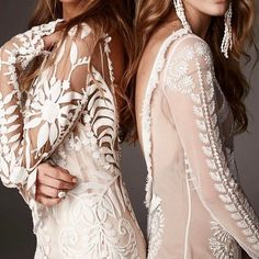 Details of two gorgeous bridal gowns Mumu Wedding, Wedding Day, Bridal Gowns, Wedding Dresses, Party Dress, How To Memorize Things, Dress Up, White Dress, Fancy