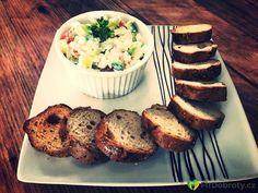 Cottage salat  #dnesjem #foodie #fitfood #foodporn #foods #cottage #vegetable #loveit # #eat #eatclean #eatglutenfree #glutenfree #glutenfrei #bezlepku #milujujidlo #jidlonaprvnimmiste #zdravejidlo Clean Eating, Muffin, Food Porn, Cottage, Foods, Vegetables, Breakfast, Gluten Free, Food Food