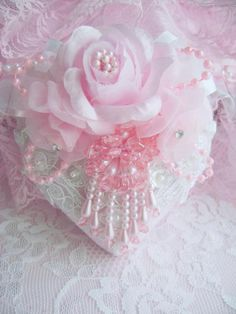 Shabby chic ornament ✿⊱╮