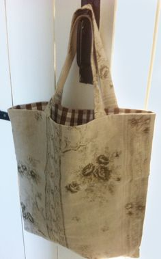 Make shopping bags with any linen left over from a furnishing project - this design is Castang Basket. Linen shoppers last for ages and are washable so keep their looks. Better still if you can find a complementary fabric for lining.