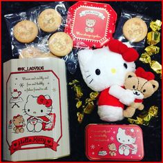 Tins, Sanrio, Yummy Treats, Ladybug, Hug, Hello Kitty, Bubbles, Teddy Bear, Christmas Ornaments