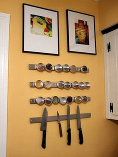 DIY: Magnetic Spice Rack - also look at http://www.myaimistrue.com/2007/01/diy-magnetic-spice-rack/#