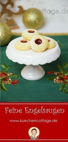 Engelsaugen mit Marzipan | Küchencottage http://kuechencottage.de/engelsaugen-mit-marzipan/ Das Rezept für feine Engelsaugen und für viele weitere leckere Plätzchen findest du auf kuechencottage.de #christmas #weihnachten #weihnachtsbäckerei #engelsaugen #plätzchen #kekse #xmas #amaretto #backen #foodblog #foodie #foodporn