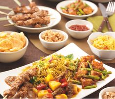Discover what are Chinese Meat Food Preparation Dutch Recipes, Asian Recipes, Healthy Recipes, Enjoy Your Meal, Food Porn, Healthy Slow Cooker, India Food, Caribbean Recipes, Indonesian Food
