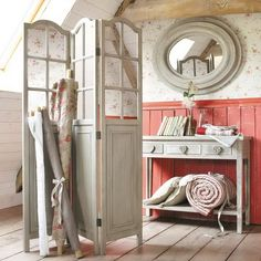 21 Ideas For Dressing Screen Diy Style Baños Shabby Chic, Dressing Screen, Dressing Room, Affordable Furniture, Cottage Style, Farmhouse Style, My Dream Home, Beautiful Homes, New Homes
