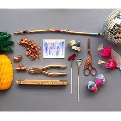 Bagunça organizada...tranqueiras de #DIY
