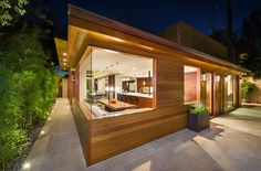 Lovely Living Environment Westgate Uplifting New Design Enhancing the Feeling of Space: Westgate Residence, Brentwood