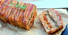 Flaky meat casserole with bacon Pork Recipes, Cooking Recipes, Flat Belly Drinks, Mince Meat, Dried Tomatoes, Banana Bread, Casserole, Food And Drink, Bodybuilding