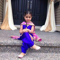 51 trendy Ideas dress for kids indian wedding Indian Dresses For Girls, Little Girl Dresses, Girls Dresses, Flower Girl Dresses, Cute Baby Girl Images, Cute Girls, Punjabi Dress, Punjabi Suits, Kids Suits