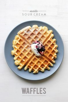 Vanilla Sour Cream Waffles // The Sugar Hit . my second fav waffle recipe to buttermilk waffles). makes 6 waffles. What's For Breakfast, Breakfast Dishes, Breakfast Recipes, Breakfast Dessert, Waffles, Pancakes, Sour Cream, Cream Cream, Waffle Recipes
