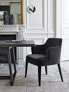 Chair: FEBO - Collection: Maxalto - Design: Antonio Citterio