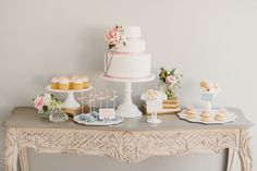 perfect dessert table / Anthony Hoang Photography