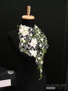 Young florist cup of UK (Manchester). 07.2009 | FLOWERCAST.COM | All about flower design, floristics.