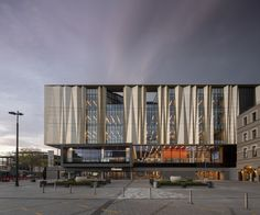 danish architecture firm schmidt hammer lassen has completed tūranga, a new, earthquake-resistant library in christchurch, new zealand. New Zealand Architecture, Library Architecture, Facade Architecture, Healthcare Architecture, Industrial Architecture, Facade Design, Exterior Design, New Zealand Cities, Building Skin