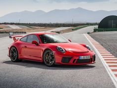 The Porsche 911 is a truly a race car you can drive on the street. It's distinctive Porsche styling is backed up by incredible race car performance. Porsche 911 Gt2, Porsche 911 Models, Porche 911, Porsche Autos, Porsche Cars, Ford Models, Fast Sports Cars, Exotic Sports Cars, Sport Cars