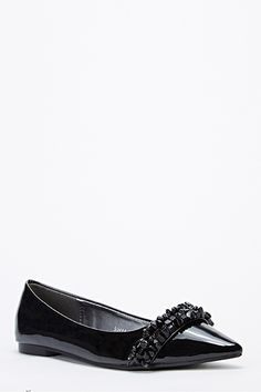 Pointed Toe Encrusted Flats @ Everything5pounds.com