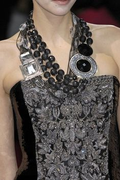 tinaschoices:    Armani Prive Spring 2009 Details