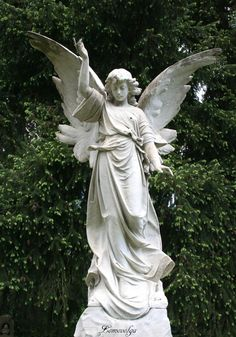 Angel And Lion Statues - - - Greek Statues Men - - Famous Marble Statues Cemetery Angels, Cemetery Art, Angels Among Us, Angels And Demons, Art Sculpture, Sculptures, Statue Ange, Angeles, Wind Spinners