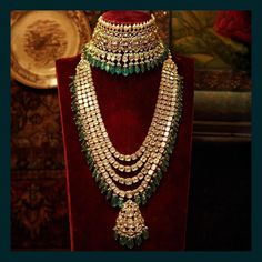 Classic uncut diamond and emerald choker and long necklace from the Sabyasachi Heritage Bridal Jewelry collection. Indian Jewelry Sets, Indian Wedding Jewelry, Bridal Jewelry Sets, Bridal Jewellery, Diamond Jewellery, Indian Bridal, Korean Jewelry, Jewellery Sale, Accessories Jewellery