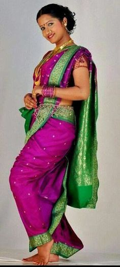 beautiful purple nauvari saree