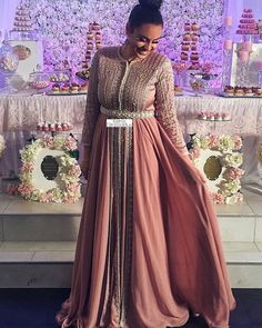 Evening Dresses, Prom Dresses, Formal Dresses, Style Africain, Wedding Dressses, Moroccan Caftan, Big Girl Fashion, Caftan Dress, Special Dresses