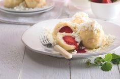 Nejjednodušší (a nejlepší) ovocné knedlíky | Apetitonline.cz Menu, Eggs, Breakfast, Food, Menu Board Design, Meal, Egg, Eten, Meals