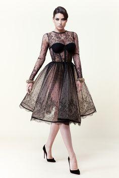Cristina Săvulescu Lovin this. Break out the flesh-colored panties! Event Dresses, Prom Dresses, Couture Dresses, Fashion Dresses, Lace Dress Styles, Merian, Lookbook, Dream Dress, Dress To Impress