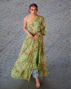 Masaba Gupta Lehenga, Saree, Anarkali at Pernias Pop-Up Shop Sikh Wedding Dress, Indian Wedding Outfits, Indian Outfits, Wedding Gowns, Designer Gowns, Indian Designer Wear, Off Shoulder Kurti, Casual Dresses, Prom Dresses
