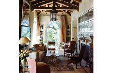 Interiors - Saladino Style