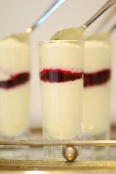 Twirl and Taste: CHIC CHRISTMAS CHOCOLATE SHOTS – perfect for a buffet, simply divine, and simple to make!