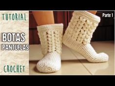 Crochet Patrones Ganchillo Pantuflas Ideas For 2019 Crochet Hood, Crochet Diy, Love Crochet, Crochet Crafts, Learn Crochet, Loom Knit Hat, Crochet Boot Cuffs, Crochet Slippers, Knitted Hats