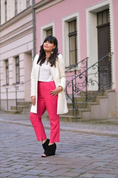 #white #pink #outfit #berlin #elegant #style #streetstyle