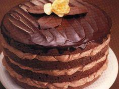 Tort cu crema de cacao-varianta 2 Ice Cream Cupcakes, Ice Cream Cookies, Chocolate Pictures, Chocolate Lovers, Something Sweet, Chocolate Chip Cookies, Chocolate Chocolate, Beautiful Cakes, I Foods
