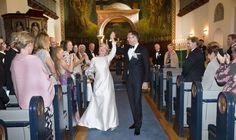 bryllupsfotograf#bryllup#brud#brudekjole#brudepar#bryllupsbilder#brudgom#fotograf#bryllupseventyr#sveinbrimi#bryllupsplanlegging#bryllupsbilde#bryllupsinsirasjon#nordiskebryllup Bridesmaid Dresses, Wedding Dresses, Instagram, Fashion, Bridesmade Dresses, Bride Dresses, Moda, Bridal Gowns, Fashion Styles