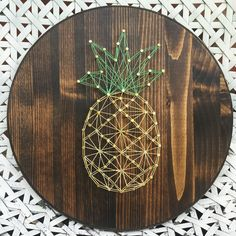 Pineapple string art DIY idea, for Nicole-baby shower gift Cute Crafts, Crafts To Do, Arts And Crafts, Diy Crafts, Decor Crafts, Art Decor, Diy Wanddekorationen, Fun Diy, String Art Diy