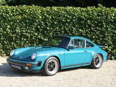 Gorgeous classic shape Porsche 911 3.2 Coupe