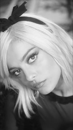 She was live in The Eye Bebe Rexha Lyrics, Gorgeous Women, Beautiful People, Bebe Rexa, Bebe Baby, Platinum Blonde, Female Singers, Celebs, Celebrities
