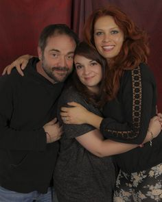 My photo (Aurélie Quilet) with Mark Sheppard and Alaina Huffman at Torcon 2014. This is one of my favorite photo op, Mark smiles and looks so cute; and Alaina is gorgeous !