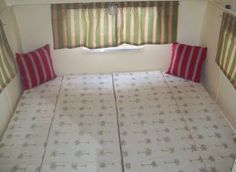 How to convert two single beds into one large bed in a Shasta Compact