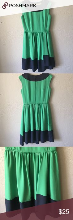 Gianni Bini faux wrap dress Kelly green and navy faux wrap dress. Silk like fabric. Very good condition Gianni Bini Dresses Midi