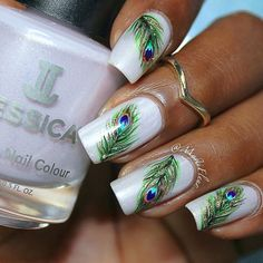 Feather Nail Art Designs - Top 100 Design - Our Nail Peacock Nail Designs, Peacock Nail Art, Feather Nail Art, Simple Nail Art Designs, Fancy Nails, Diy Nails, Cute Nails, Pretty Nails, Instagram Nails