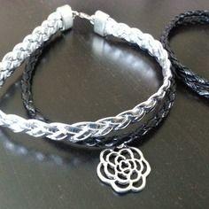 bracelet  cuir argent et noir http://www.alittlemarket.com/boutique/manieemia-185044.html