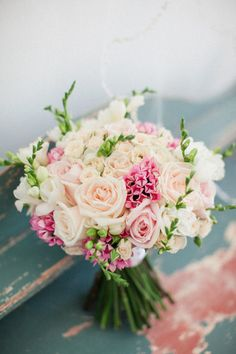 Gorgeous wedding bouquet idea; photo: Roberta Facchini