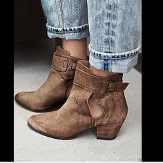Free People khaki Ankle Boots Suède ankle boots Free People khaki Bellville Ankle Boots Nubuk suede ankle boots featuring subtle distressing for a vintage-inspired feel.  Small cutouts at the ankle and adjustable strap for an easy on/off.  New In Box  *  Size;  38 / 7- 7.5 retail price:  $198.00  *Sizing Tip: This style runs small we recommend sizing up.   *Leather *Rubber  *Import   Measurements: Heel Height: 2 1/4 in = 5 1/2 cm Free People Shoes Ankle Boots & Booties