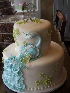Peacock cake by Angel cake26, via Flickr