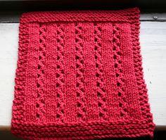 Wishing I was Knitting at the Lake: Christmas Lace Dishcloth
